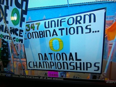 No matter what Uniform Oregon is wearing, they beat the Huskies.