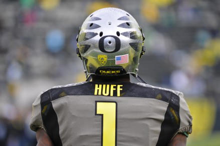Oregon will need to replace Josh Huff in 2014