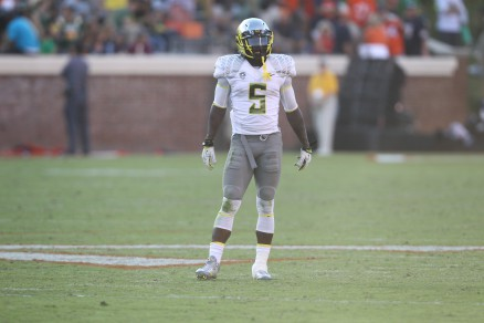 Issac Dixon gives Ducks another big hitting safety.