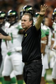 Nick Aliotti before his last game. The coach began his career at Oregon in 1978.