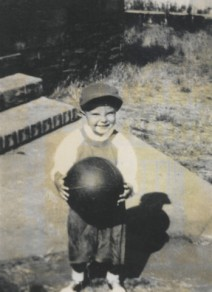 Randy with basketball
