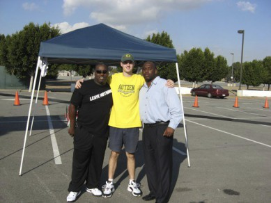 Writer Melo (center) with Isaac Walker (right) and 1991-1995 Oregon team mate Gene Jackson (left)