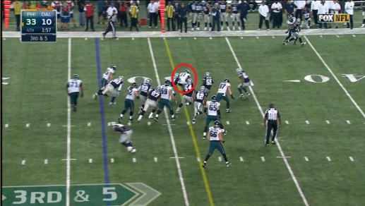 Josh Huff rums for a first down