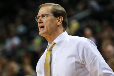 Oregon coach Dana Altman finds a way to win