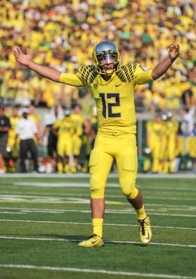 Taylor Alie is one of the quarterbacks in spring practice battling to replace Marcus Mariota.