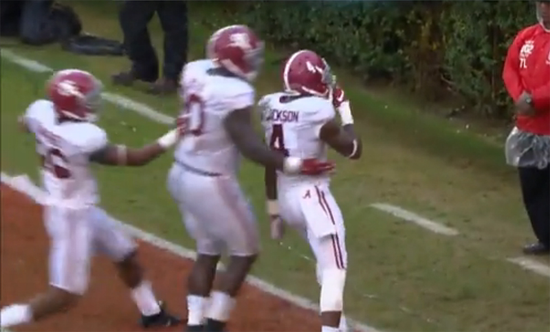 Alabama returns a blocked kick for a touchdown in its 38-10 win over Georgia.