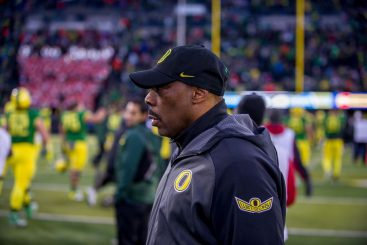 Defensive coordinator Don Pellum shows frustration with Ducks second half performance against Beavers.